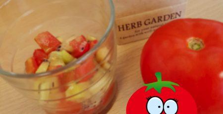 Salade de kiwi et de tomates